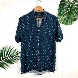 TED BAKER Blue Diamond Dot Short Sleeve ButtonDown Shirt Size 5